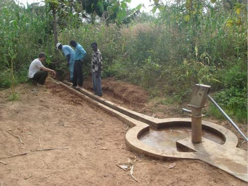 Shallow well in South Sudan